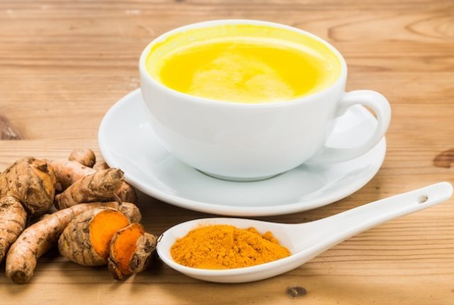 Benefits of Drinking Water with Turmeric